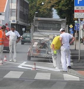Održavanje prometnih znakova, opreme i oznaka na kolniku